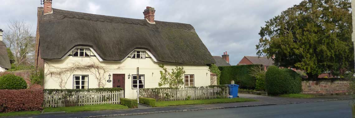 'Silver Thatch', Manor Road